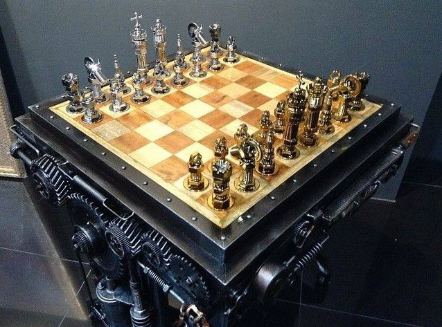 Chess set, one of the most valuable pieces in the exhibition