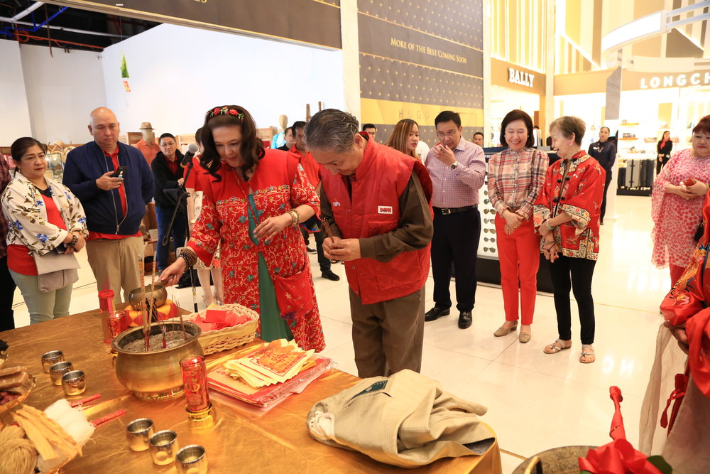 Tourism Attaché to Beijing, China Tomasito Umali also took part on the ceremonies