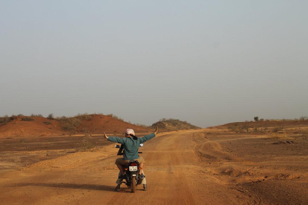 Foto Burkina Alma Rose.JPG