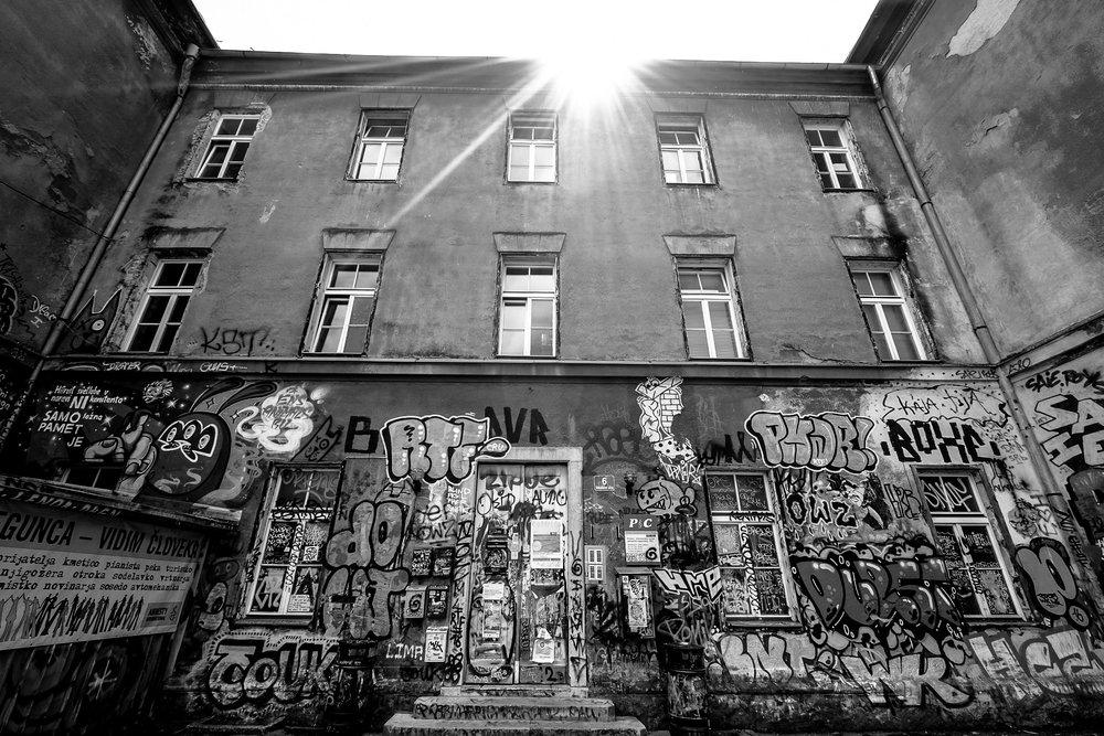 architecture-art-black-and-white-179843.jpg
