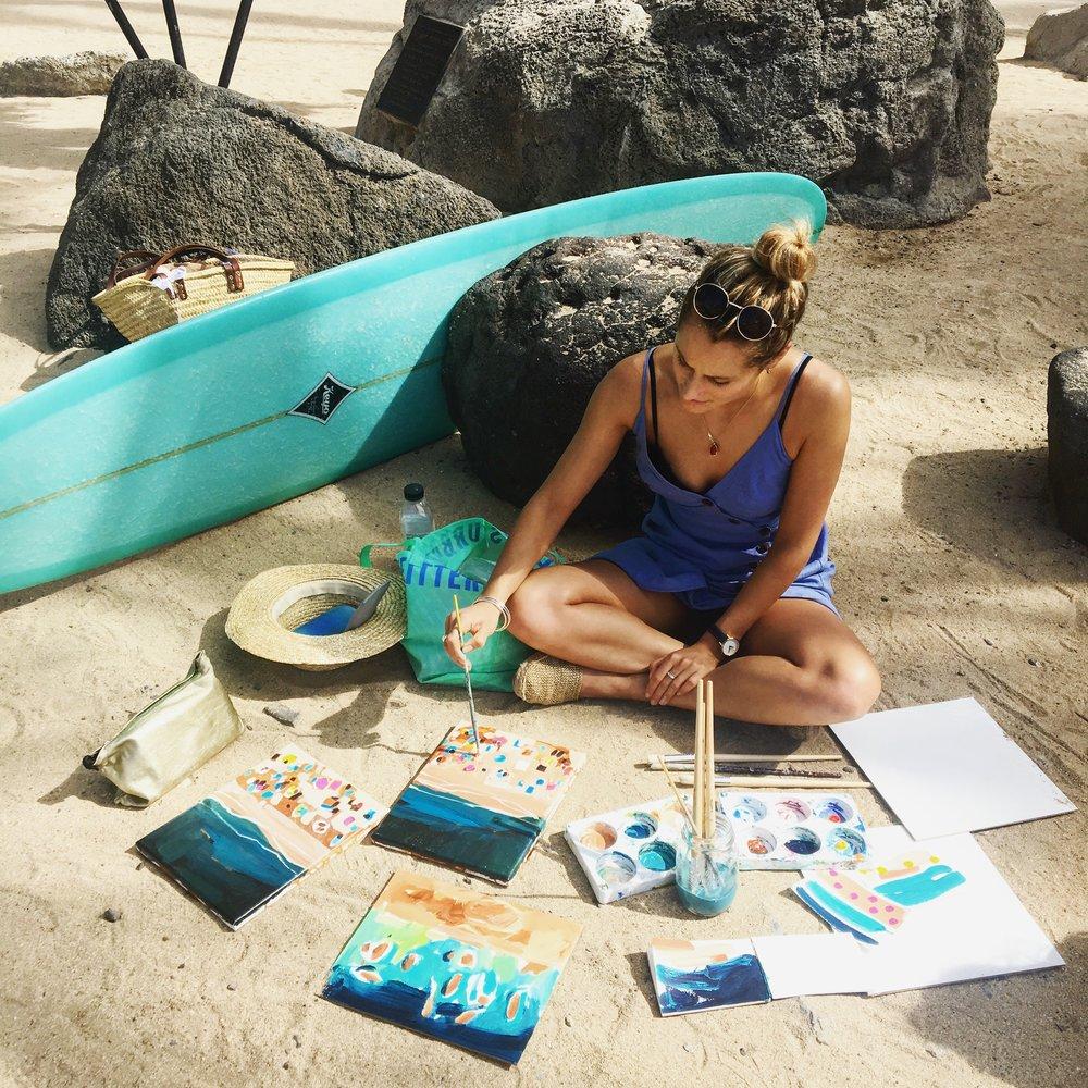 nina-brooke-painting-beach.jpg