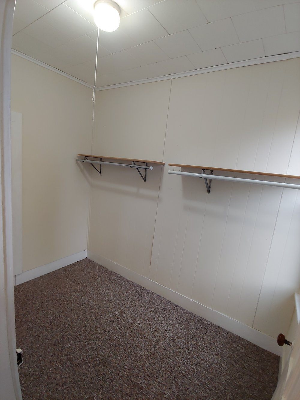 2nd Bedroom Closet.jpg