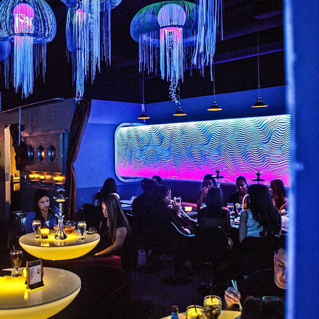 Jumping in to #waybackmachine for #throwbackthursday to  #Shark bar & grille  #bardesign #restaurantdesign #interiordesign #neon #jellyfish #underthesea #hadarealsharktank
