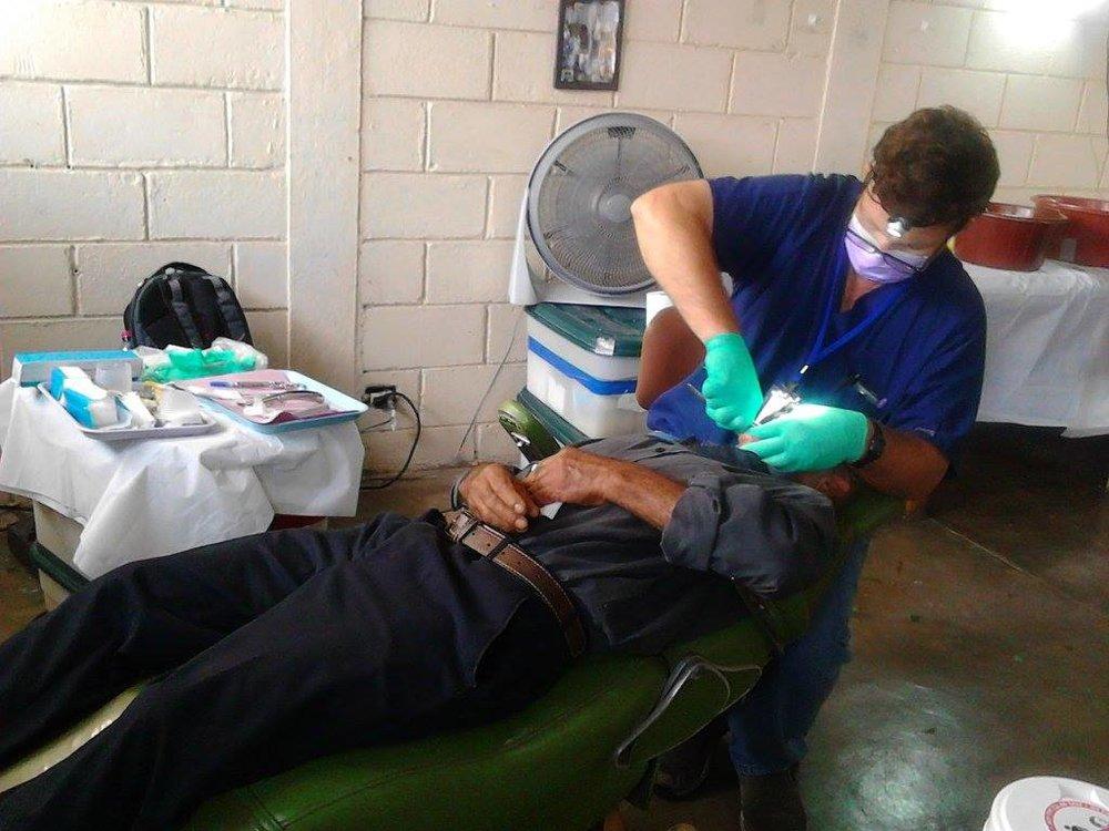 dentist (2).jpg