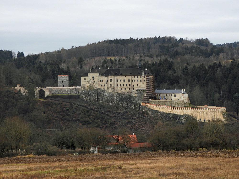 czech-cesky-sternberk-castle-zoom.jpg