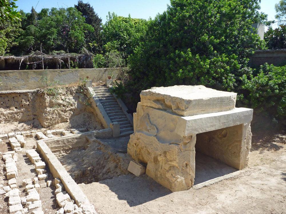 egypt-alexandria-tomb-alexander-great-buried-mystery.jpg