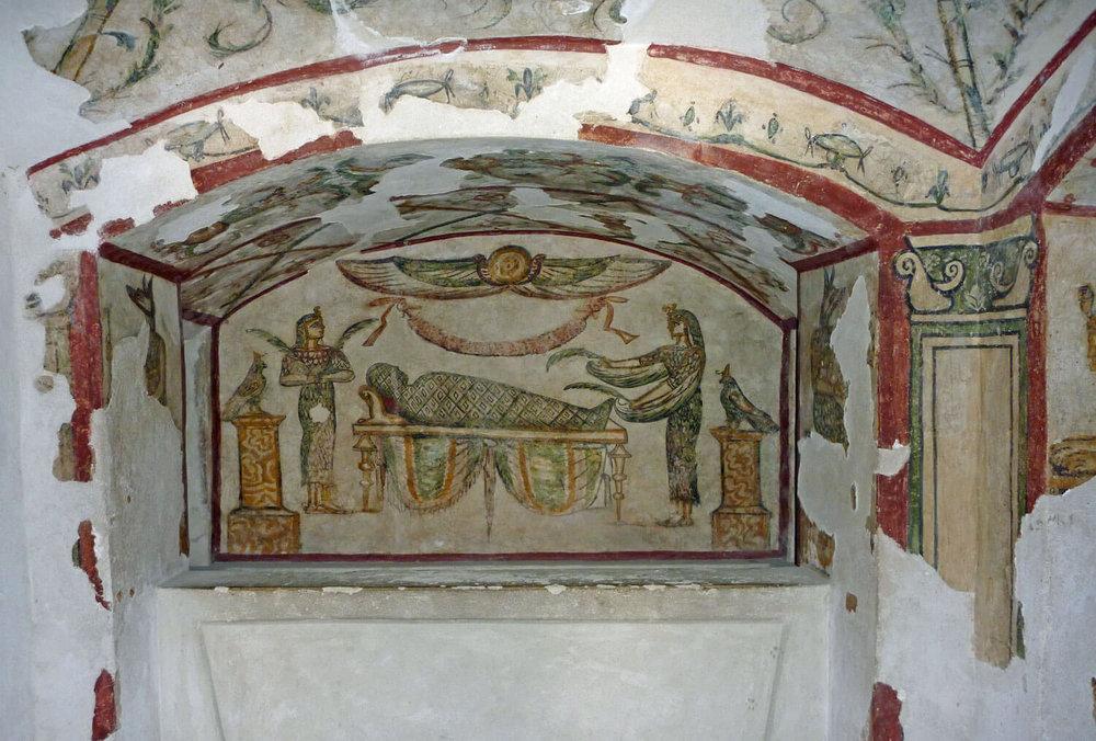 egypt-alexandria-tomb-greco-roman-mummy-painting-crypt.jpg