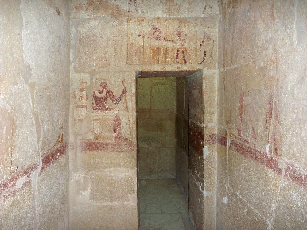egypt-cairo-step-pyramids-saqqara-sakkara-tomb-hieroglyphs.jpg