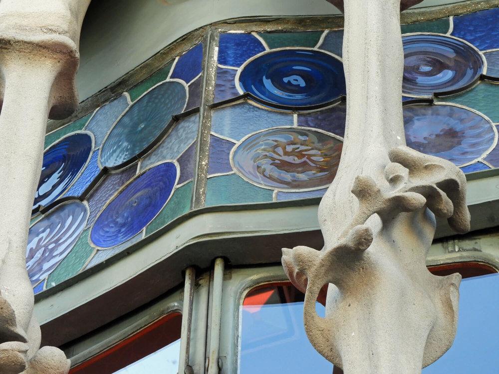 spain-barcelona-batllo-window-exterior.jpg