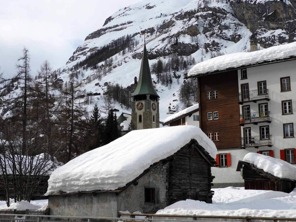 switzerland_zermatt_winter_snow_skiing_snowboarding _town_church_sunday.JPG