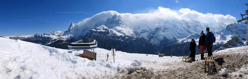 switzerland_murren_winter_sledding_snow_sledge_panorama_alps.JPG