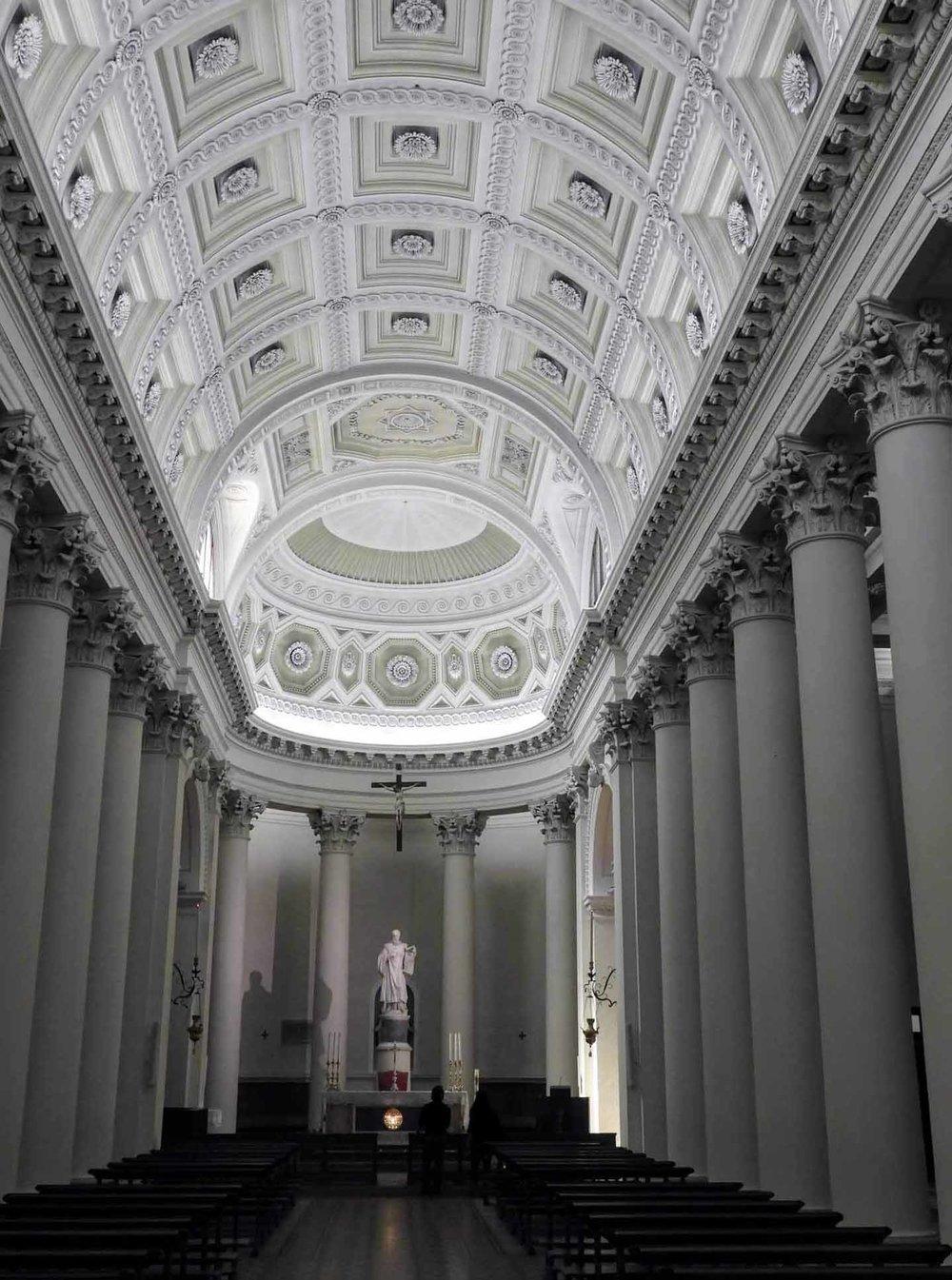 san-marino-micro-nation-basilica-national-interior.jpg