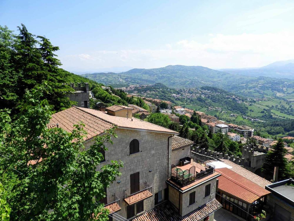san-marino-micro-nation-stone-building-houses-hilltop-country.jpg