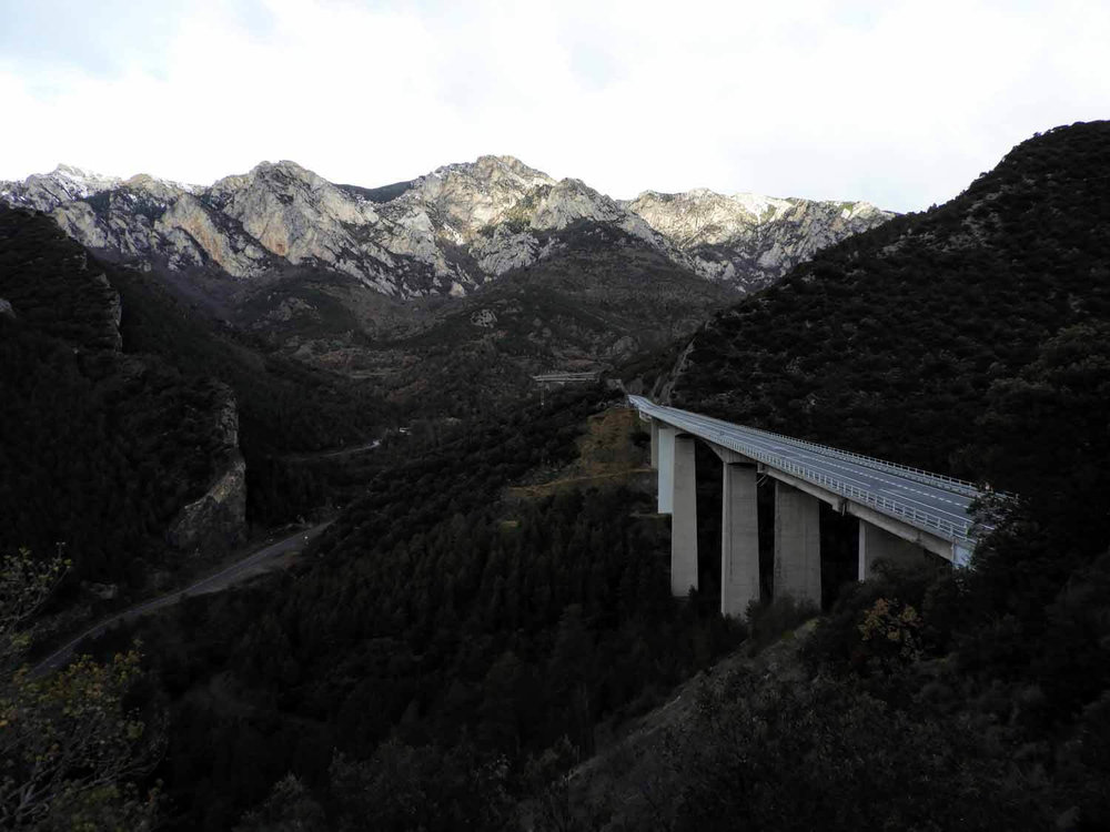 andorra-micro-nation-bridge-spain-mountains-pyrenees.jpg