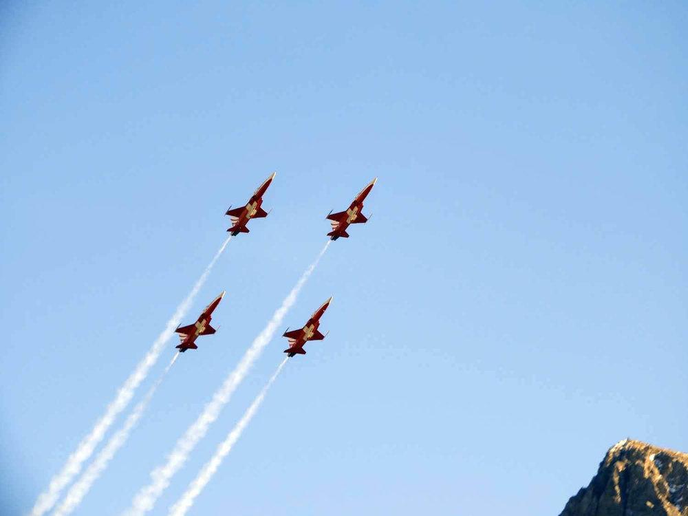 switzerland-axalp-f5-patrouille-suisse-swiss-air-force (16).jpg