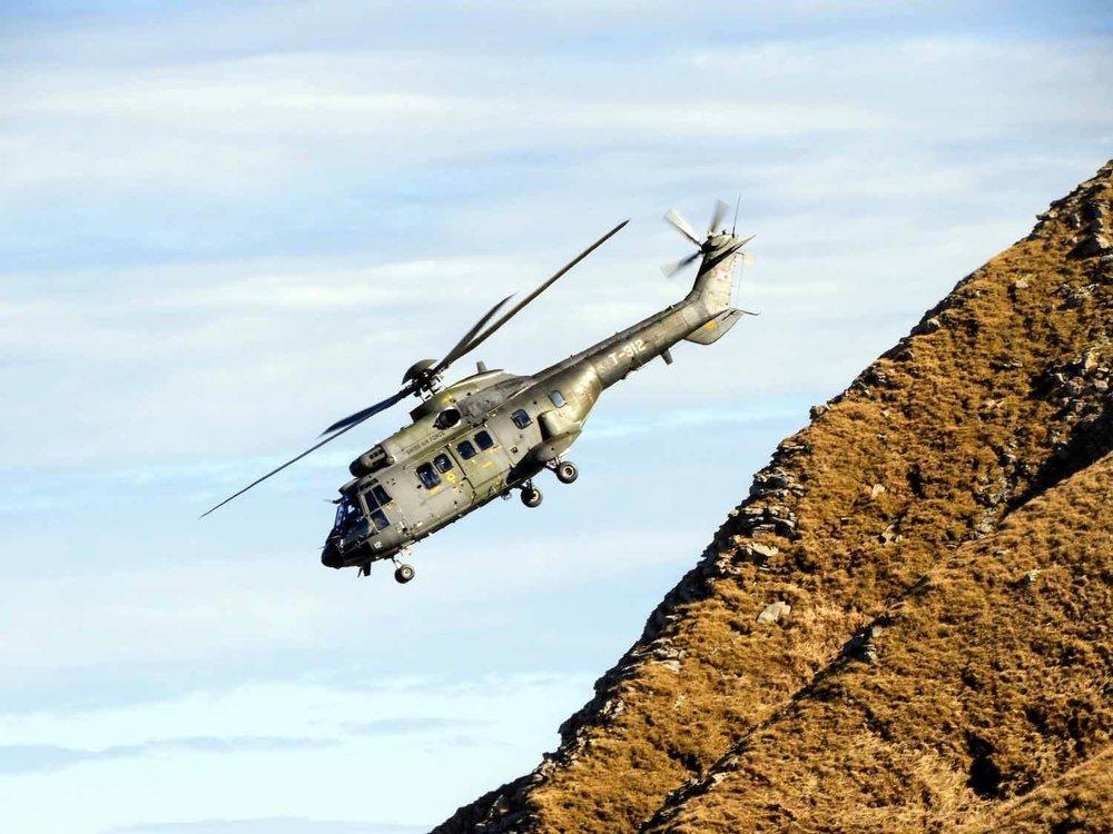 switzerland-axalp-swiss-air-force-super-puma-helicopter (3).jpg