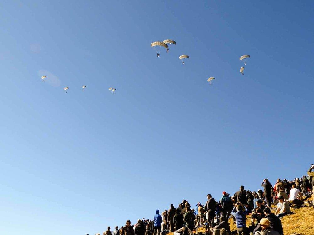 switzerland-axalp-parachutist-paratroop-jump-parachute (1).jpg