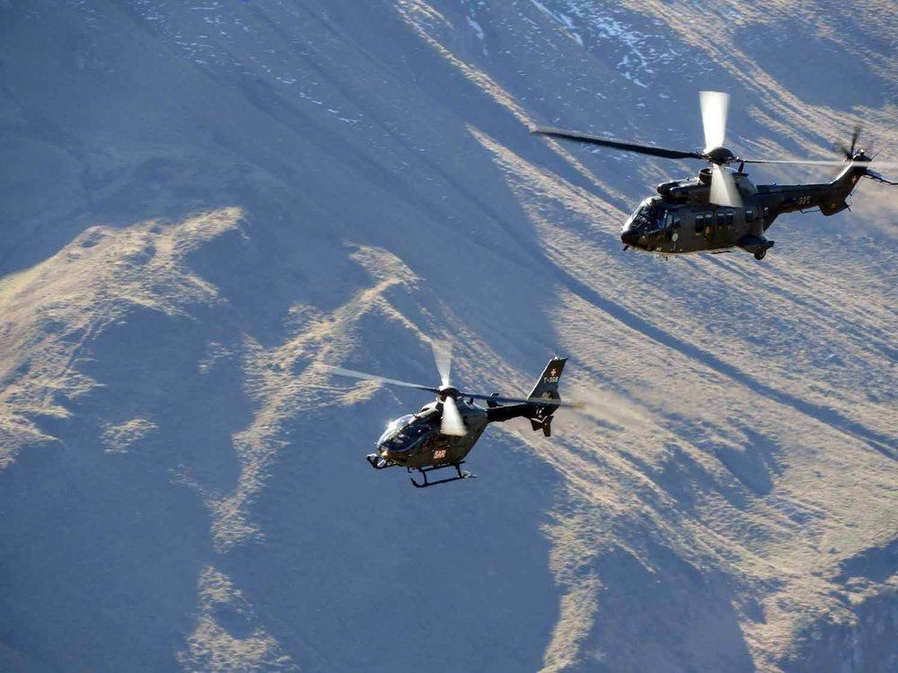 switzerland-axalp-swiss-air-force-super-puma-helicopter (7).jpg