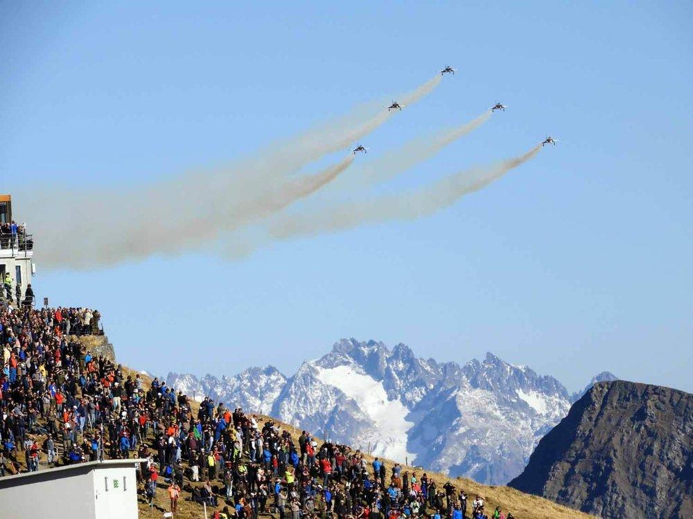 switzerland-axalp-f5-patrouille-suisse-swiss-air-force (20).jpg