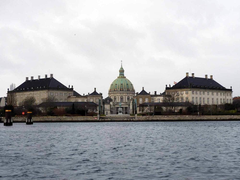 denmark-copenhagen-amelianborg-harbor-royal-residence-ameliahavn.JPG