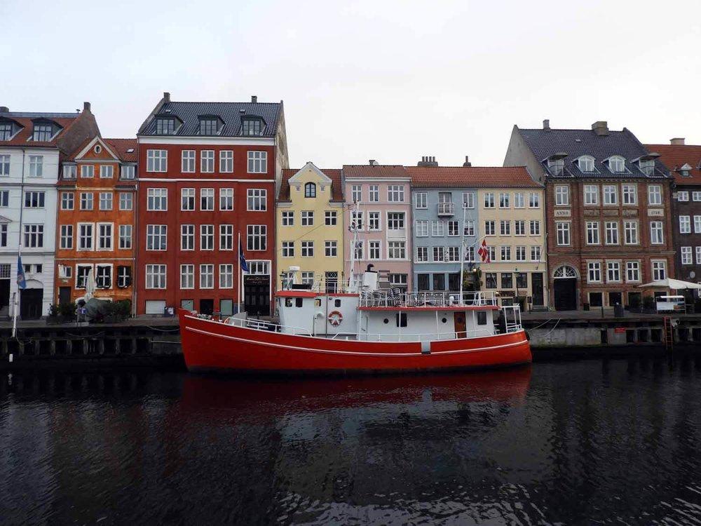 denmark-copenhagen-nyhavn-red-tugboat-tug-boat-harbor.JPG