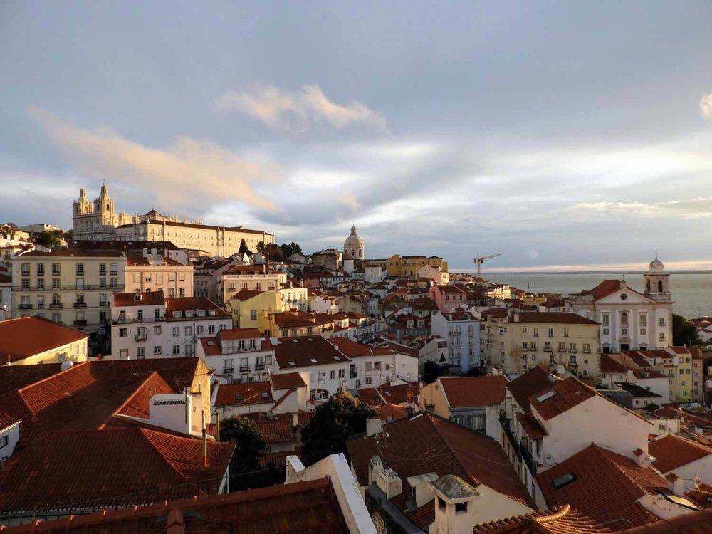 portugal-lisbon-lisboa-alfama-old-town-port-city-sunrise.jpg