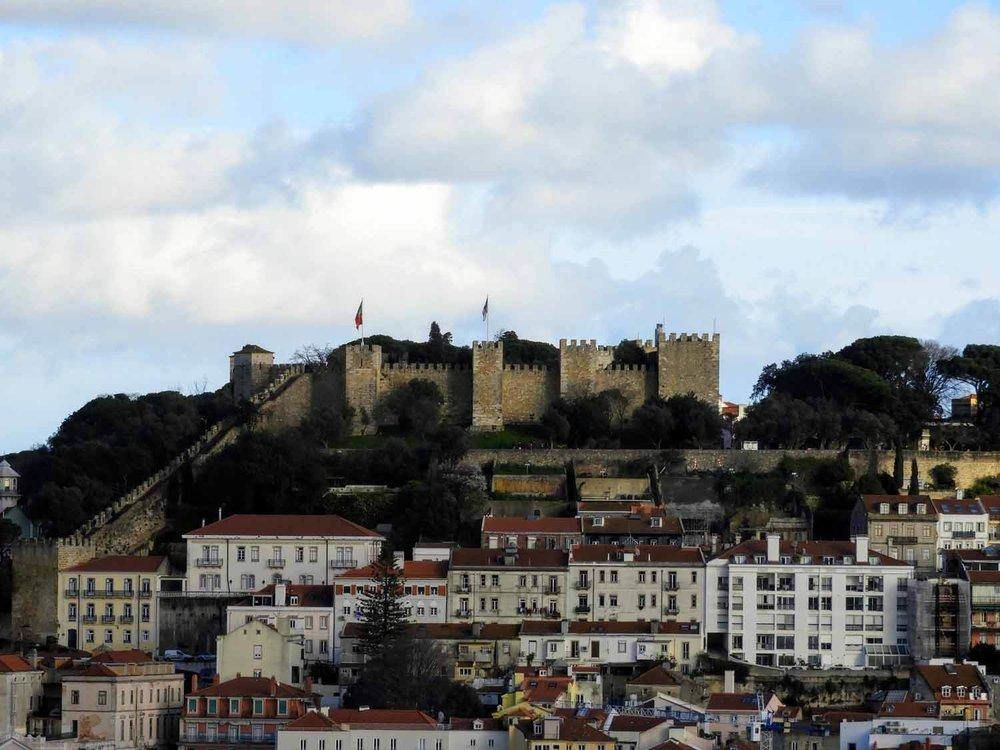 portugal-lisbon-lisboa-castello-sao-jorge-st-george-castle.jpg