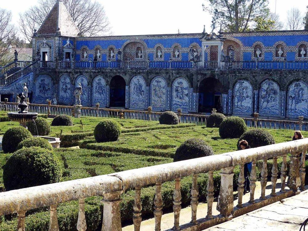 portugal-lisbon-lisboa-palacio-dos-marquesas-fronteira-palace-gardens-museum.JPG