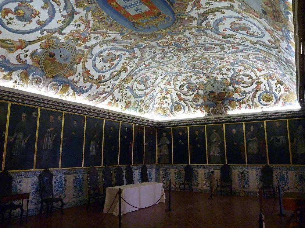 portugal-coimbra-university-universidade-ceiling.JPG