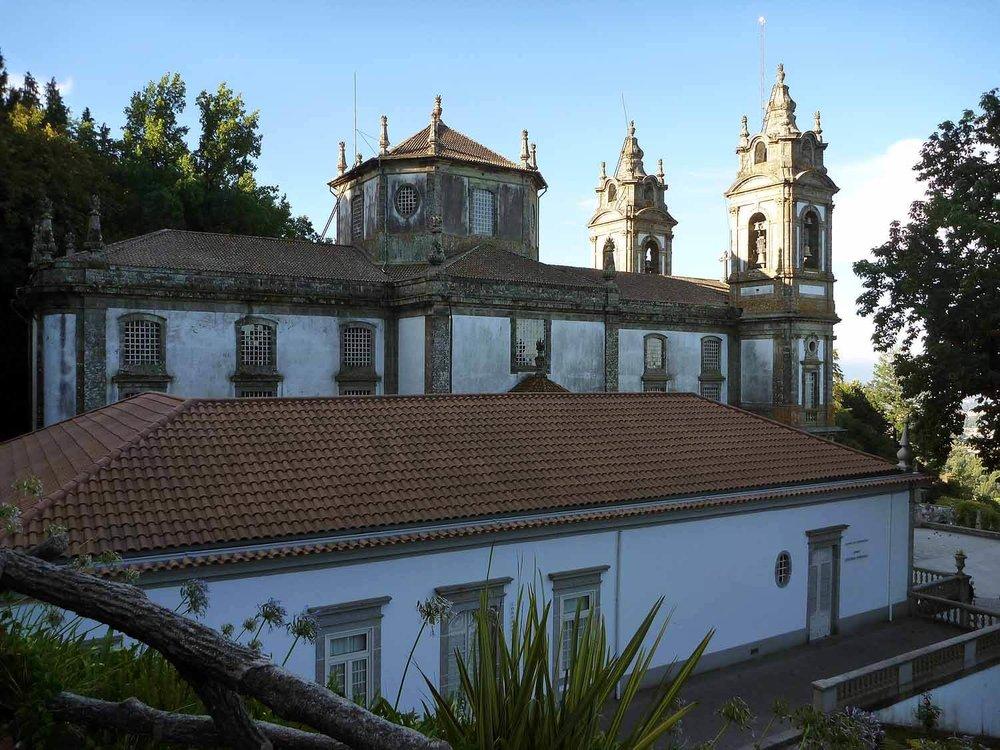 portugal-braga-sanctuary-bom-jesus-do-monte-stairs-pilgramage-chaple.JPG