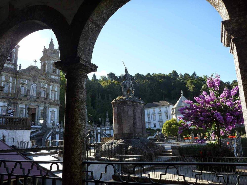portugal-braga-sanctuary-bom-jesus-do-monte-stairs-pilgramage-chaple-square.JPG