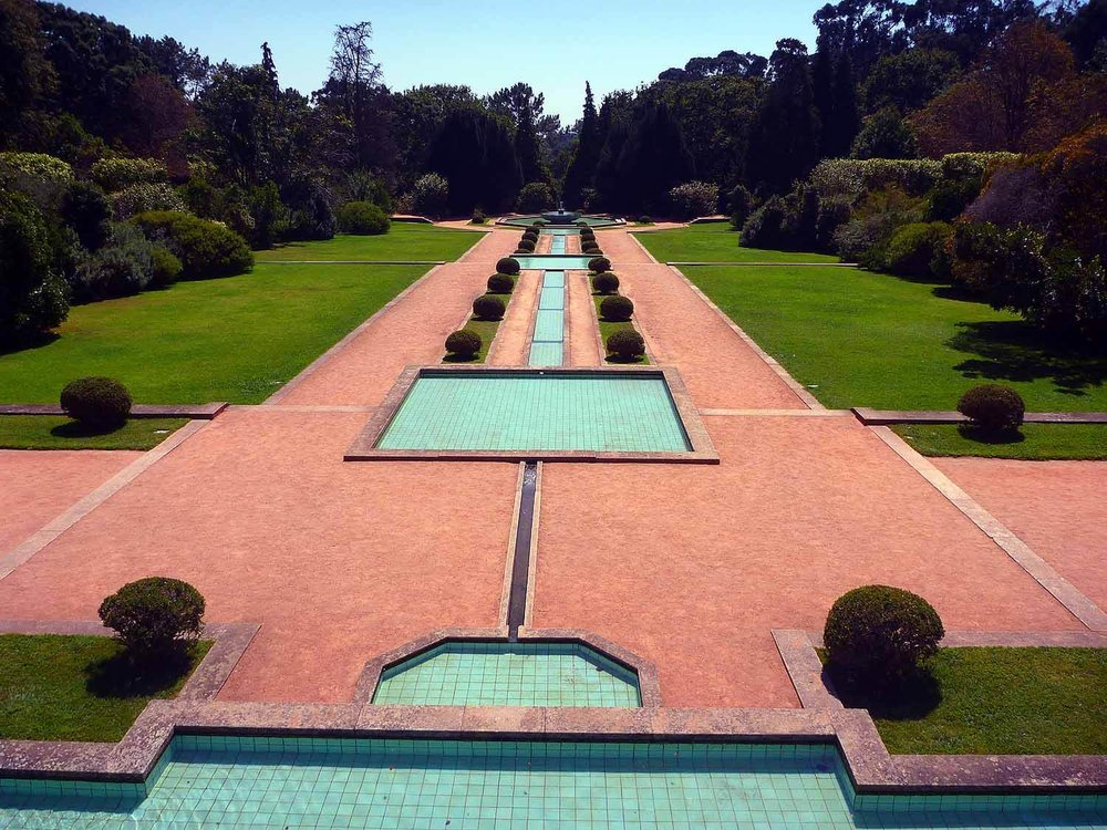 portugal-porto-oporto-museum-fundacao-foundation-serralves-gardens-formal.JPG