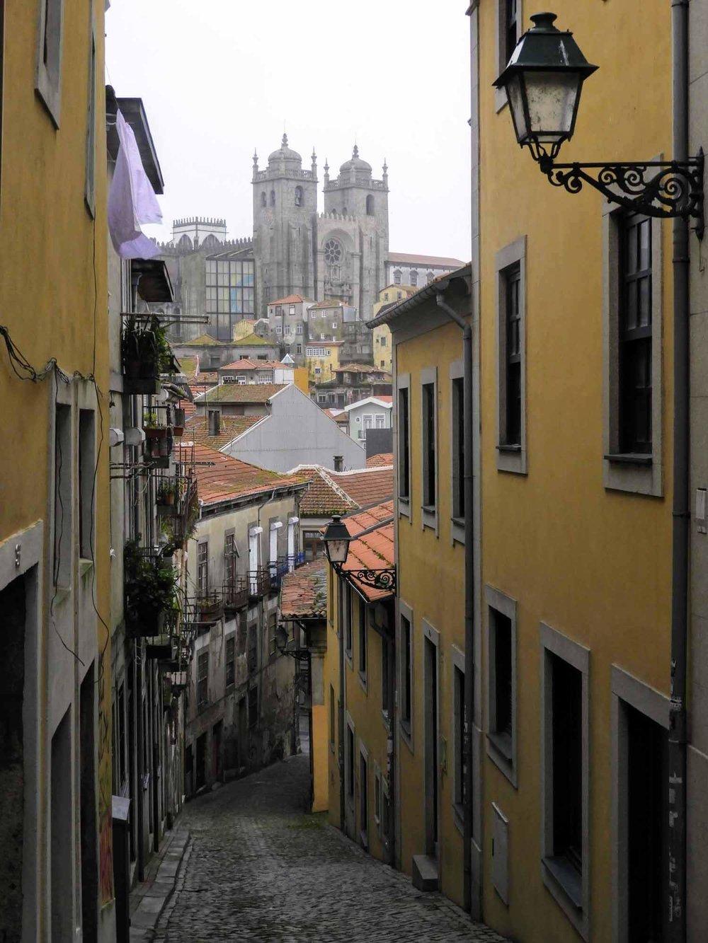 portugal-porto-oporto-cathedral.jpg