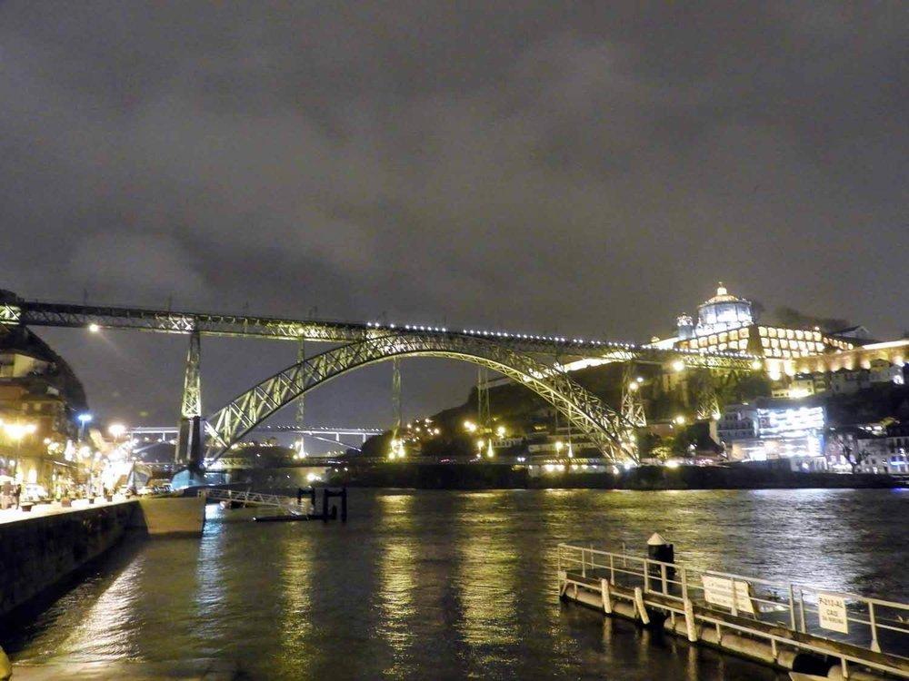 portugal-porto-oporto-night-bridge-douro.jpg