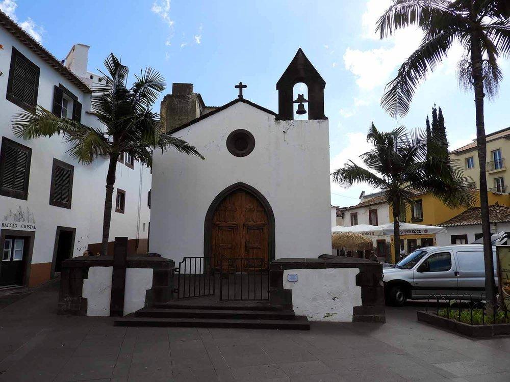 portugal-madeira-island-funchal-igreja-church.JPG