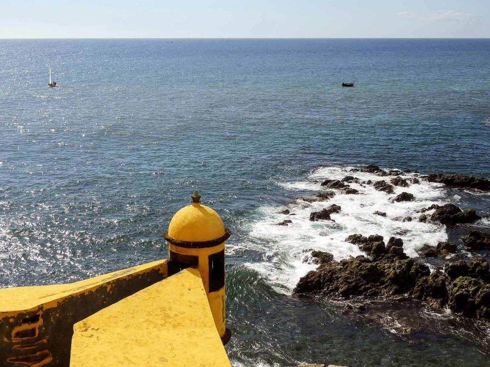 portugal-madeira-island-funchal-fort-sao-tiago-waves-oceans-protection.jpg