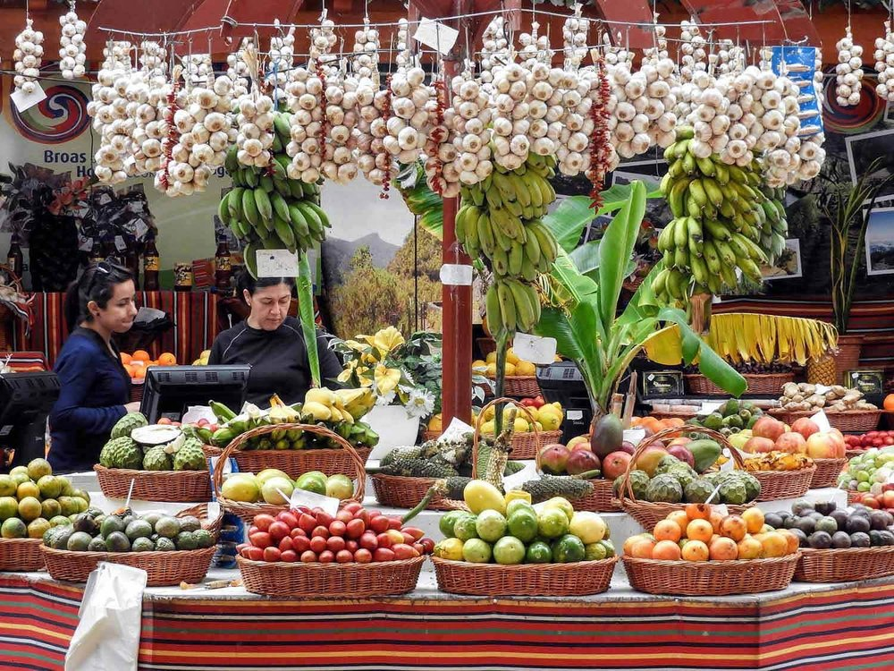 portugal-madeira-island-funchal-mercado-lavradores-fruit-market-garlic-baskets.jpg