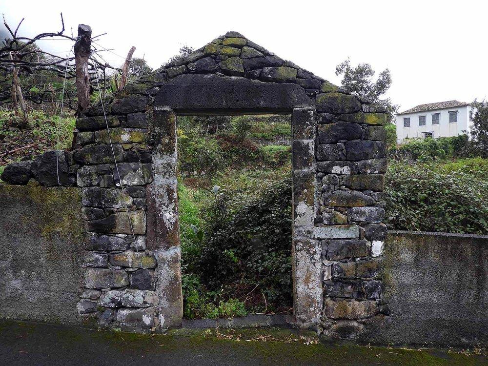 portugal-madeira-island-arco-de-sao-jorge-stone-arch.JPG