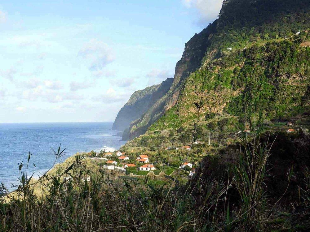 portugal-madeira-island-arco-sao-jorge-town-north-side-village-morning-view.jpg