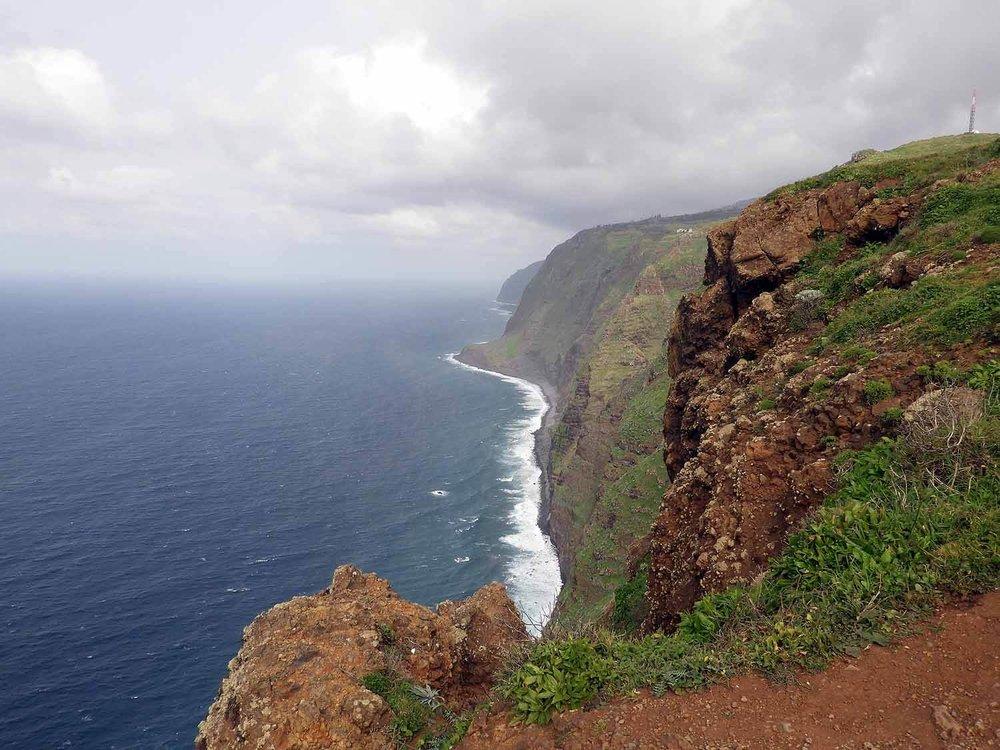 portugal-madeira-island-ponta-do-pargo-lighthouse-view-north.JPG