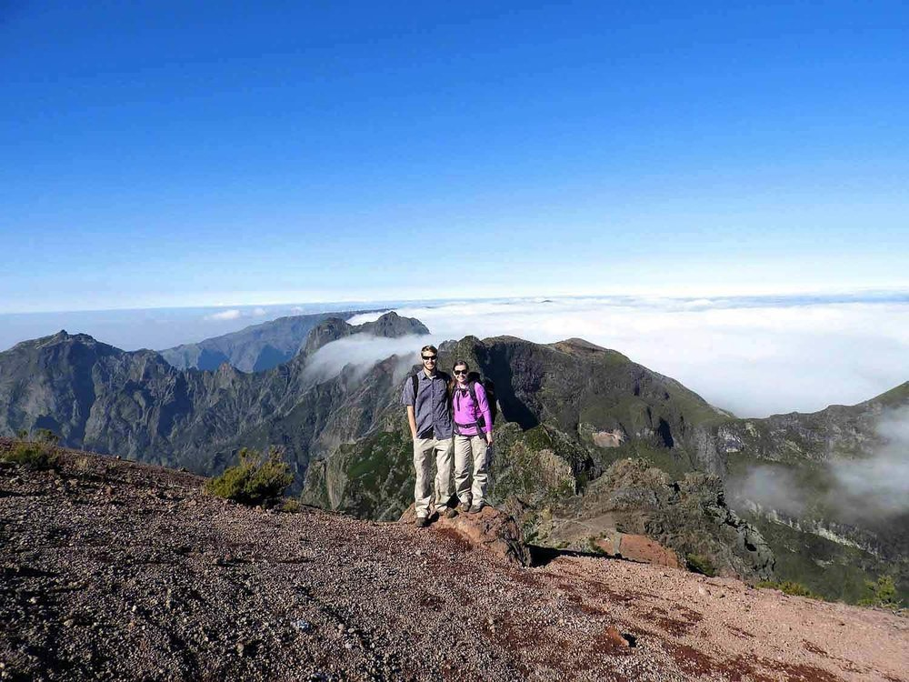 portugal-madeira-island-hike-pico-arieiro-ruivo-highest-peak-clouds-mountains-team-summit.jpg