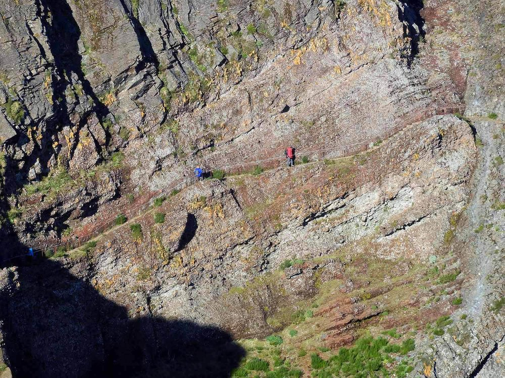 portugal-madeira-island-hike-pico-ruivo-peaks-cliffside-trail.JPG