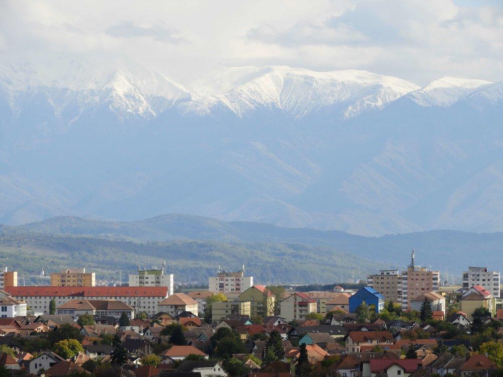 romania-sibiu-city-skyline-mountain-snow-october.JPG