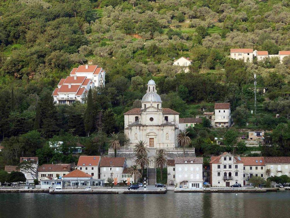 montenegro-kotor-bay-church.jpg