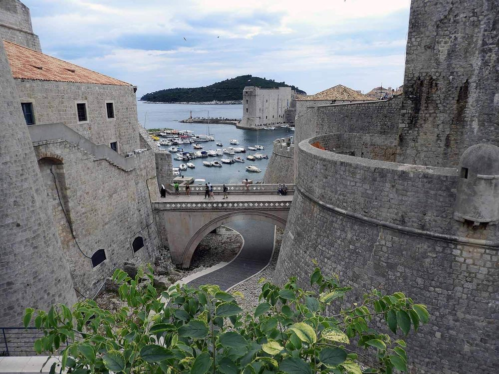 croatia-dubrovnik-bridge-harbor.jpg