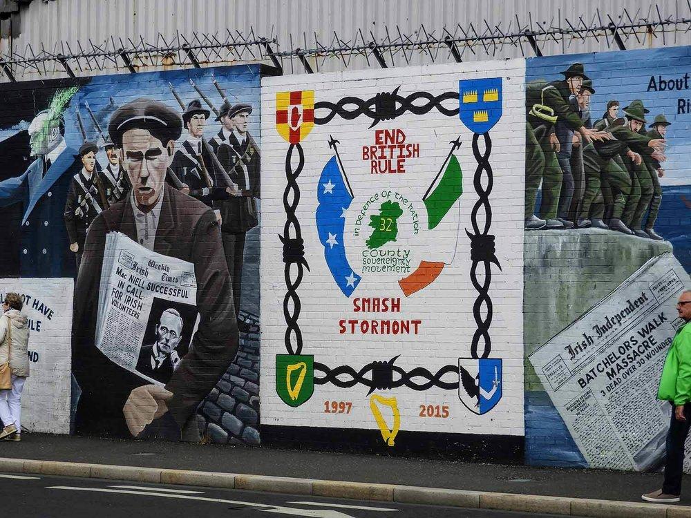 northern-ireland-belfast-peace-wall-troubles-ira.jpg
