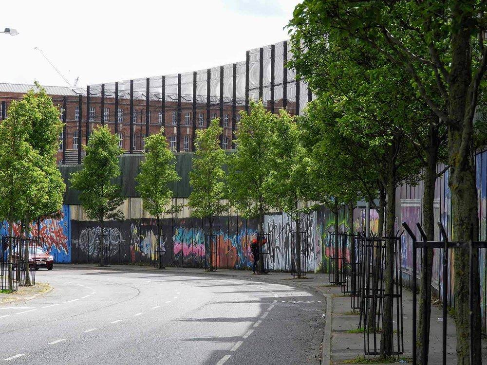 northern-ireland-belfast-wall-ira-troubles-violence-peace-wall.jpg