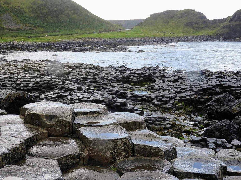 northern-ireland-giants-causeway-north-coast-stones-waves.jpg
