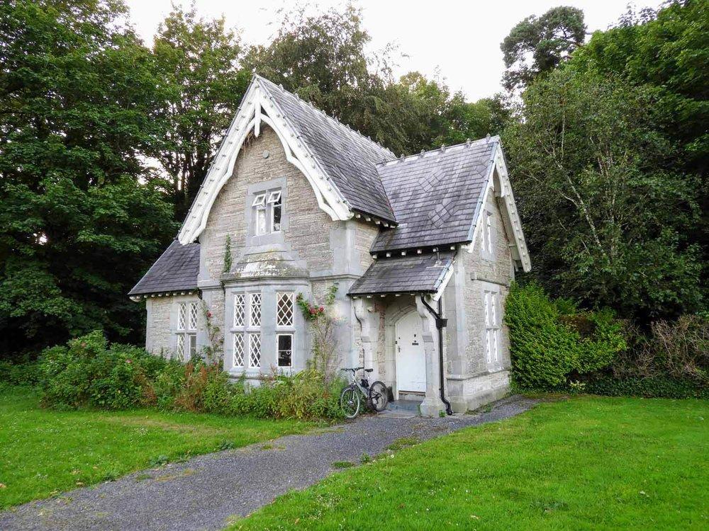 ireland-killarney-country-house-classy.jpg