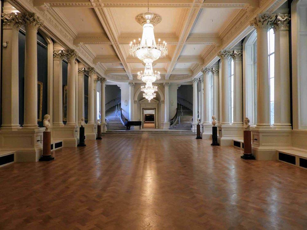 ireland-dublin-national-gallery-ballroom.jpg